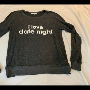PEACE LOVE WORLD LONG SLEEVE SWEATSHIRT SZ XS/S